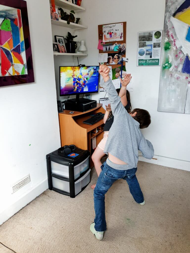 Sports at home for children with syndromes